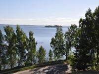 Остров на озере Нарочь